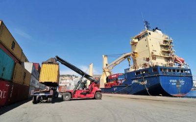 Une ligne maritime commerciale reliant Alger à Nouakchott .